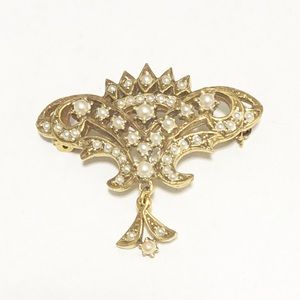 Jewelry - Gold Tone Brooch Pin
